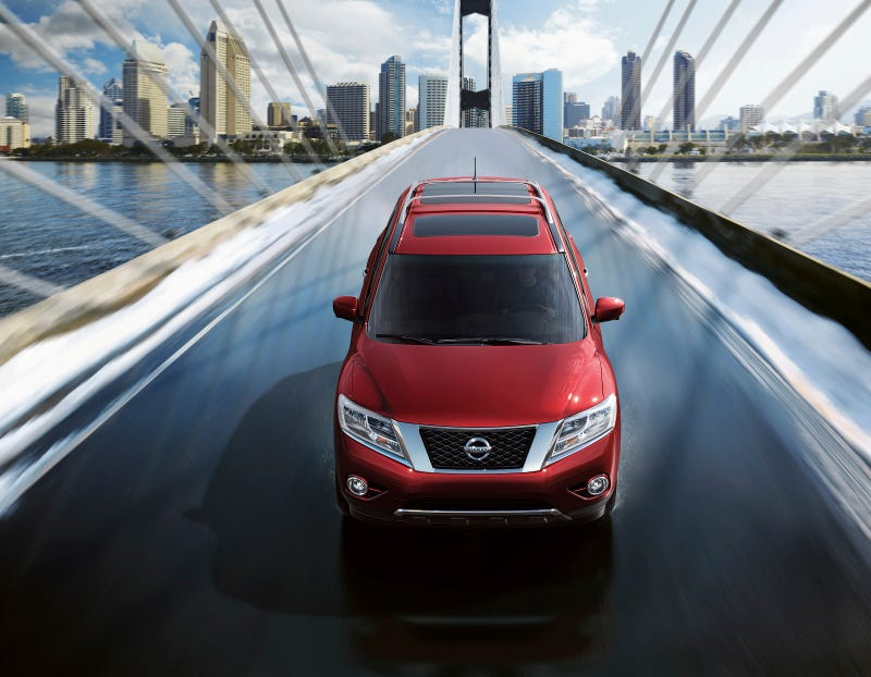 2013 Nissan Pathfinder: First Photos