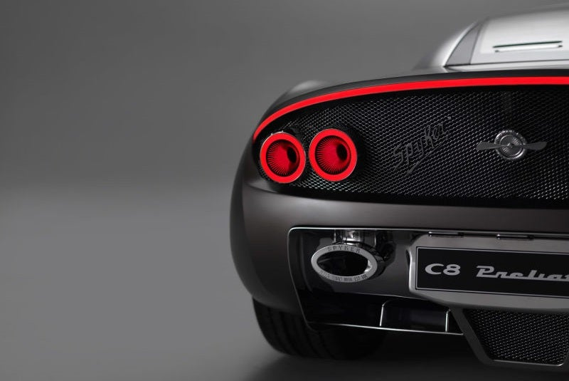'Four Quick Dumb Facts About Your Favorite New Supercars' from the web at 'http://i.kinja-img.com/gawker-media/image/upload/s--wGtaQqtZ--/gzsvjrc3qbsckm32picq.jpg'