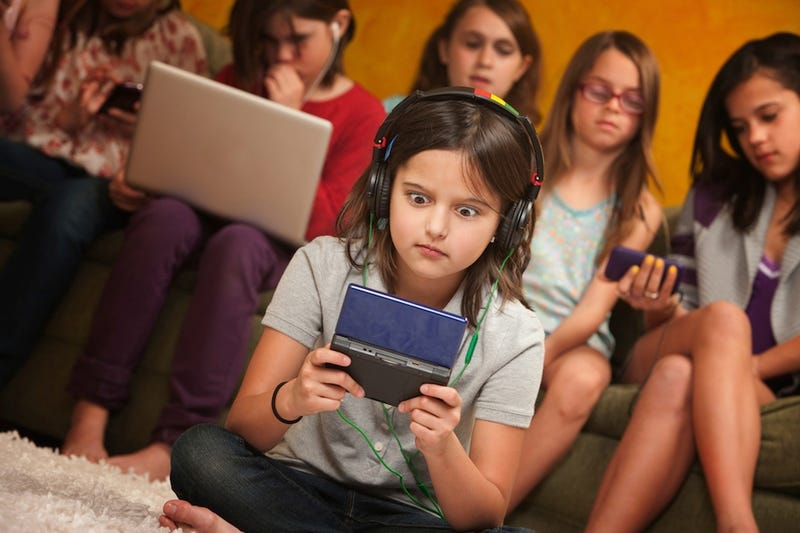 Fake Gamer of the Week: Little Girl Who Just Found Porn On Her Brother's DS