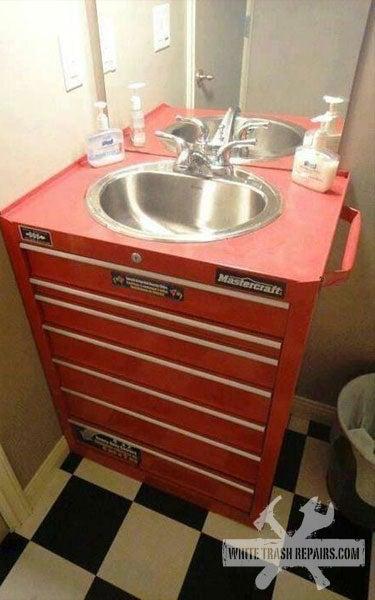 Jalop Bathroom