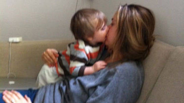 Alicia Silverstone Feeds Her Son with Her Mouth