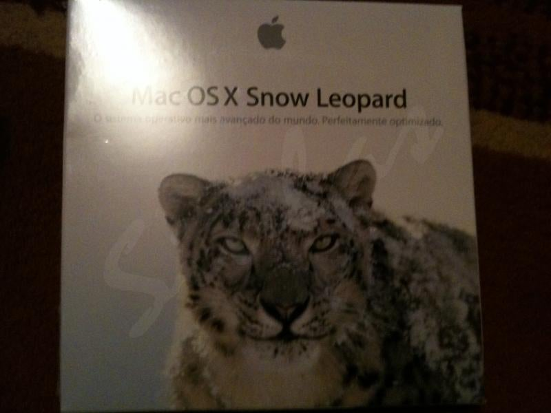 Purported Mac OS X Snow Leopard Retail Packaging Pics Surface