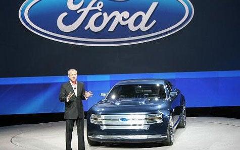 Ford Bringing Back RWD Platform, Platform Shoes To Remain Obsolete