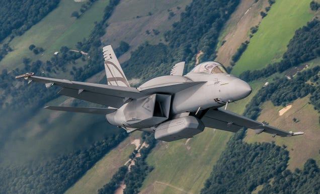 F 18 Advanced Super Hornet the FA-18 Super Hornet