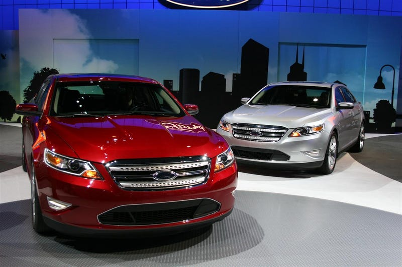 2010 Ford Taurus SHO: Live And With A Ridiculous Torque Curve