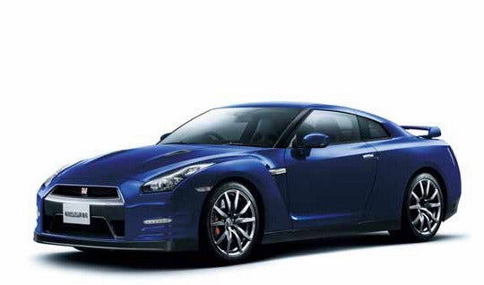 2012 Nissan GT-R: Even More Godzilla-Sized Details