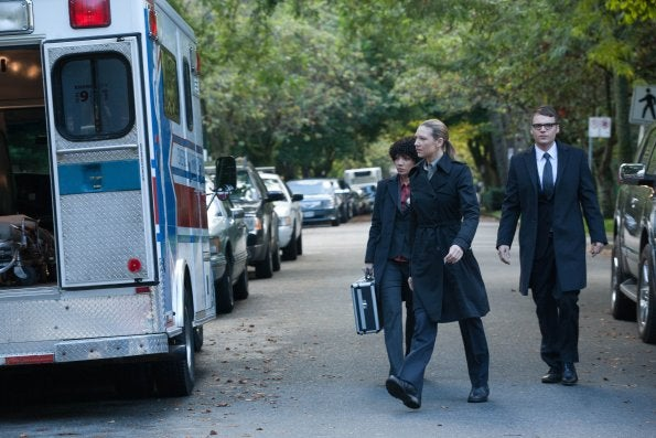 "Fringe 4x07, ""Wallflower"" Pictures"