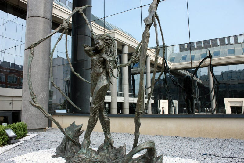 Freakin' Amazing StarCraft Statue Now Looms Outside Blizzard Office