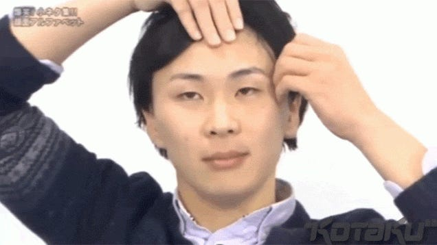 Japanese Man Contorts Face to Make the Alphabet