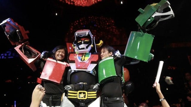 Five-person Voltron cosplay is the best Voltron cosplay