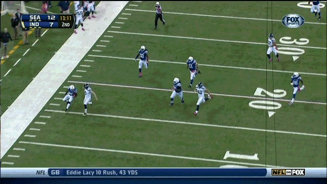 Punter Tries To Make A Tackle, Fails Miserably