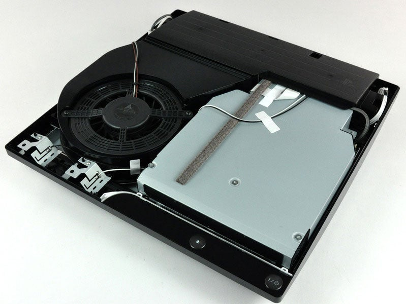 Tearing The PS3 Slim To Pieces, Just To See What Its Insides Look Like