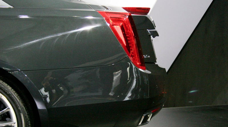 Cadillac XTS: Copping a feel of Cadillac's biggest butt