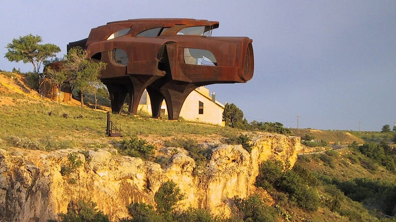 Amazing Cliff Houses: Literally Living on the Edge