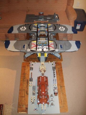 Lego Star Wars Spaceship Bigger Than My Sofa Can Probably Invade Earth