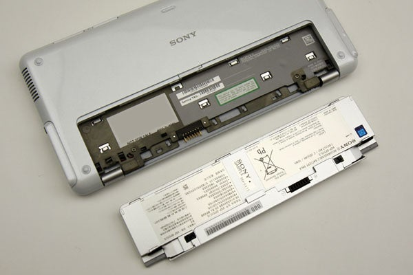 Sony Vaio P Dissected Shows Detailed Electronics Gore