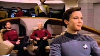 There's Something Horribly, Unspeakably Wrong With Picard's Uniform