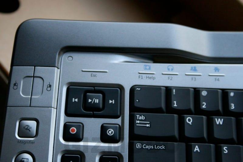 Microsoft Ultimate Wireless 7000 Keyboard Hands-On
