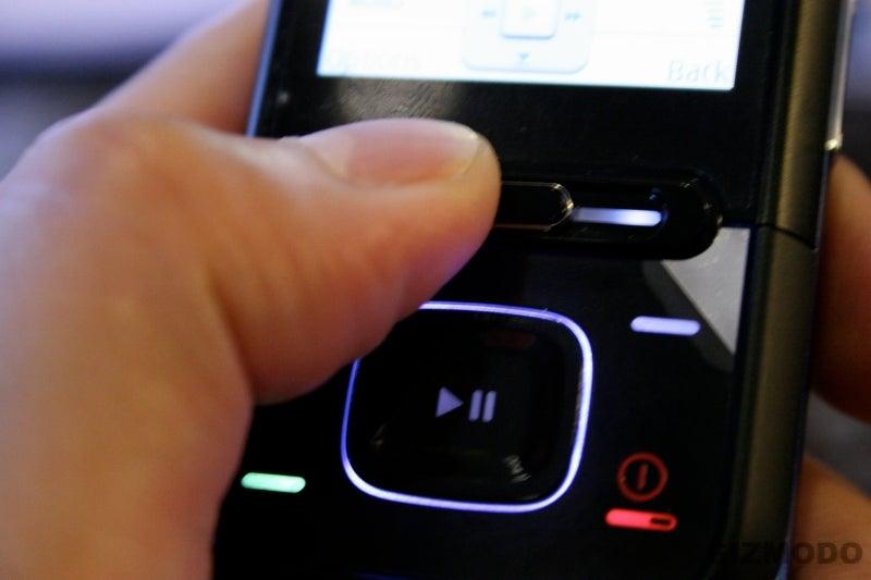 Hands On the Nokia XpressMusic 5310/5610 Cellphone (Verdict: Tight Design)