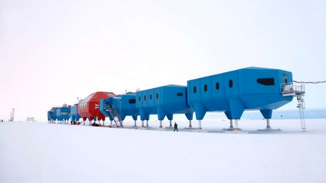 A future Antarctic research station that can walk over the ice
