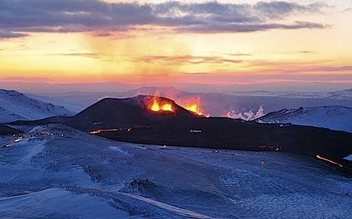 The Volcano That's Terrorizing the Skies Over Europe