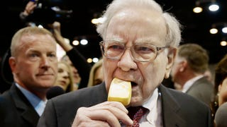 Warren Buffett Eats Like He's Locked in a 7-11