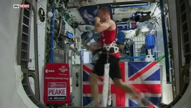 Tim Peake Beat the Record For Running A Marathon in Space