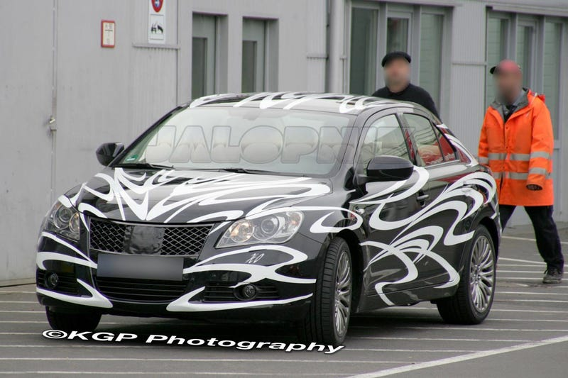 Suzuki Kizashi Not Dead, To Premier At New York Auto Show