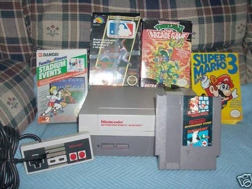 Mom Sells Old NES and 5 Games — for $13,105