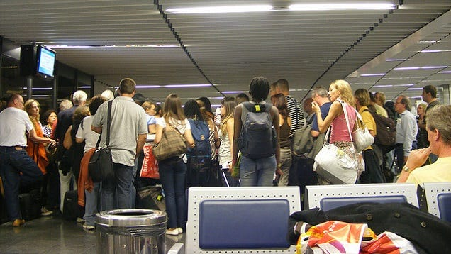 Make Airport Time More Productive by Boarding Your Plane Last