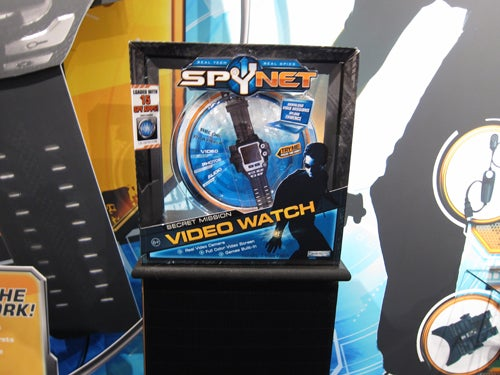 SpyNet Video Watch Lets Your Kid Record You Picking Your Nose