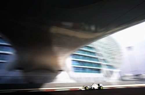 Fun in the Sun at Yas Marina Circuit