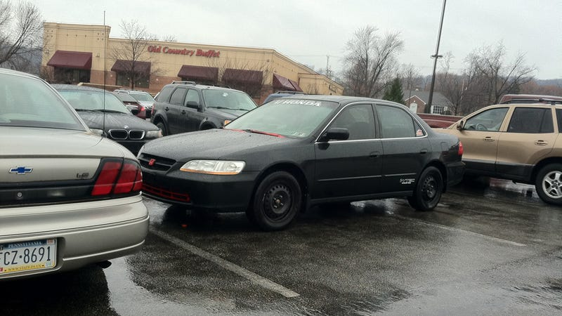 This Is Why People Think Honda Drivers Are Asshats