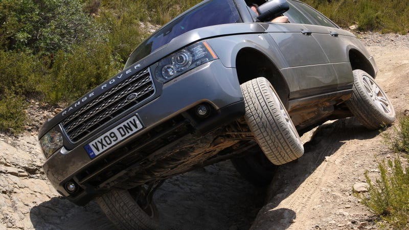 Your ridiculously counterpoint Range Rover wallpaper is here