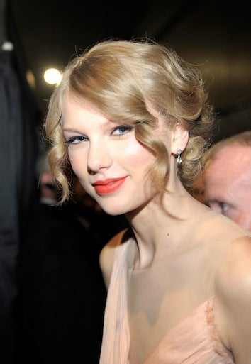 Taylor Swift Sets Record Low For Album Sales