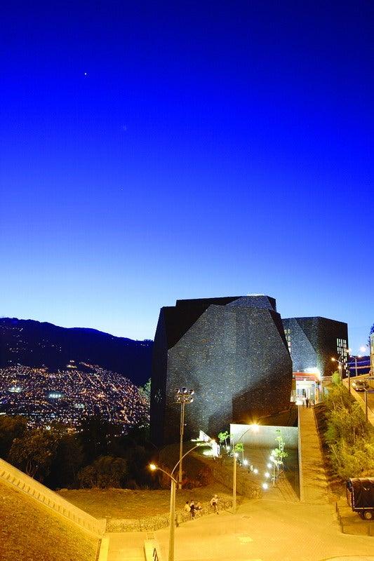 Incredible Biblioteca Parque España Looks Like an Alien Rock Formation