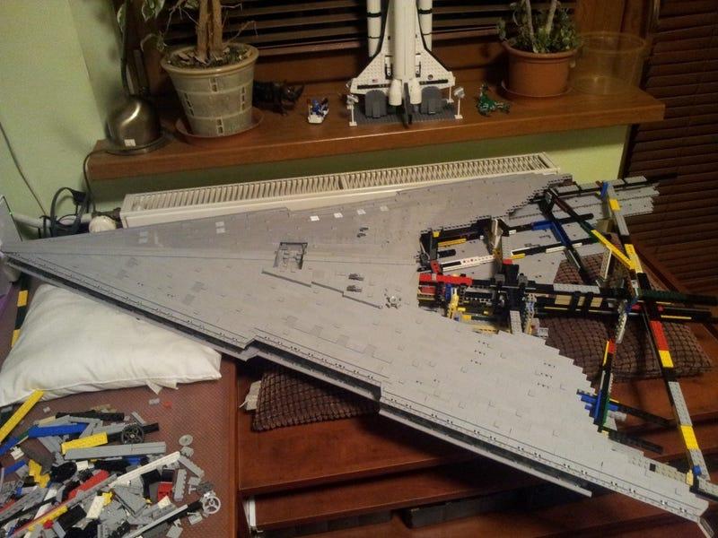 Gigantic LEGO Star Destroyer Is Pretty Much Perfect