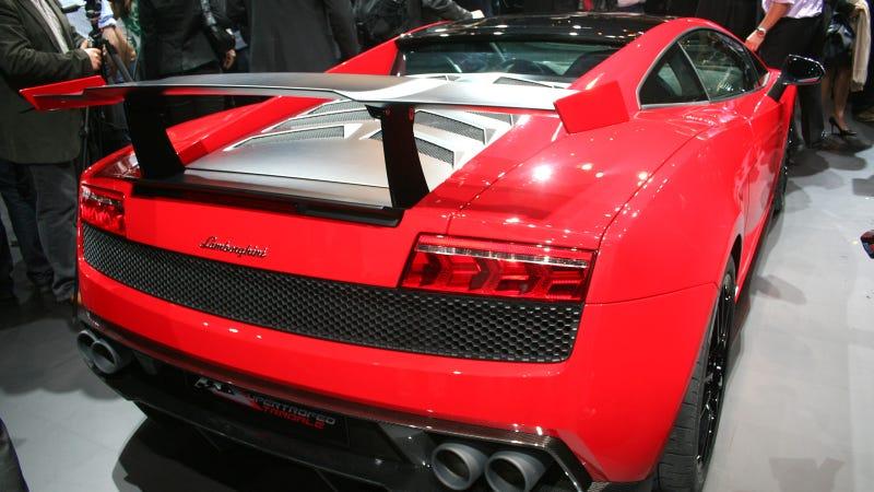 Lamborghini Gallardo LP570-4 Super Trofeo Stradale: Live Photos