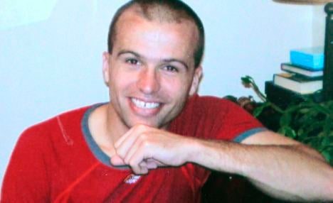 Spy Found Dead in Duffel Bag Was Maybe Killed by Russian Mob