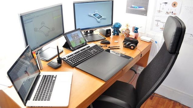 Top 10 office decluttering tricks - Organized work desk ...