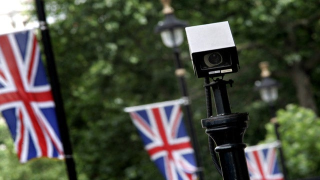 London's New CCTV Cameras Speak In American Accent