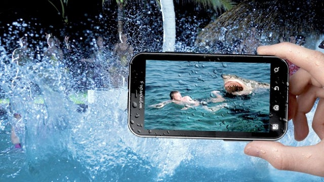 Every Single Gadget Should Be Waterproof Like the Motorola Defy+ Android Phone