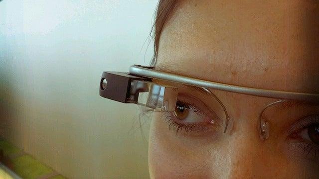 "Google desvela las primeras ""apps"" de Google Glass"