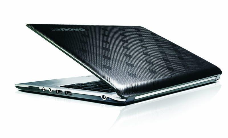 Lenovo U350 Is Pretty Thin, Pretty Light, and Pretty Cheap