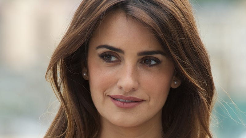 Penelope Cruz Rumored to Be Cast as First Age-Appropriate Bond Girl