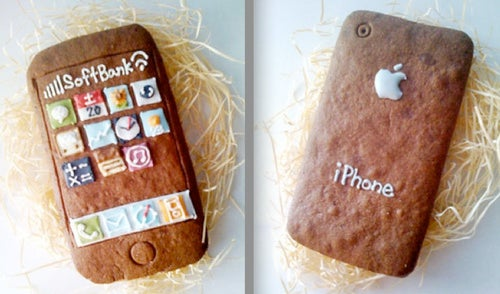 These iPhone Cookies Make Me Want To Go On An All-Gadget Diet