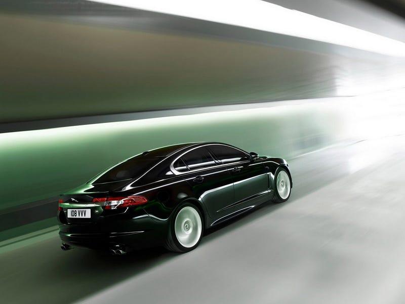 2010 Jaguar XFR: A Powerful Pussycat