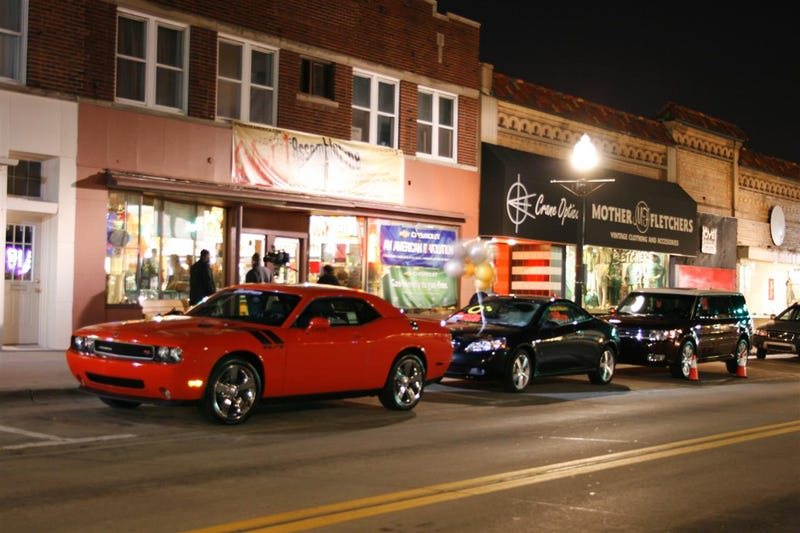 Detroit Area Cafe To Support Automakers By Attempting World's Longest Concert