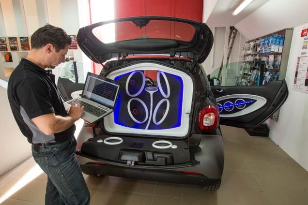 Smart and JBL Cram a Concert Hall Into a Fortwo
