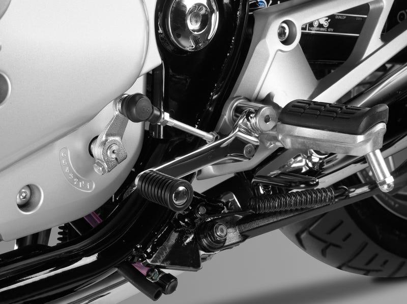 Can A 6th Gear Fix The 2014 Honda CB1100?